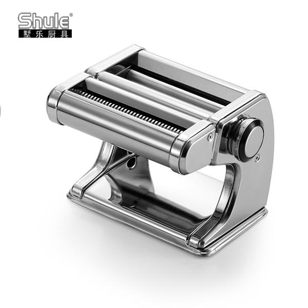 Pasta Machine With Single Cutter